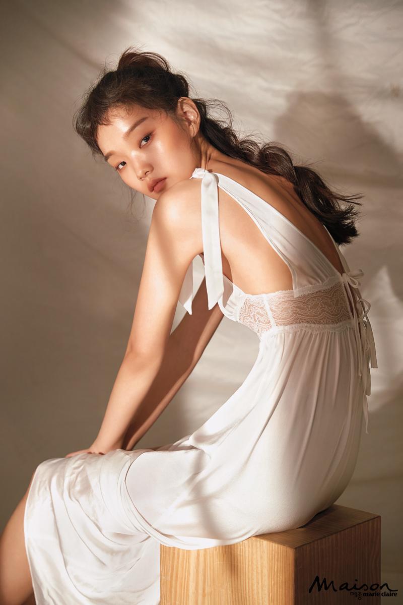 레이스 드레스 에탐