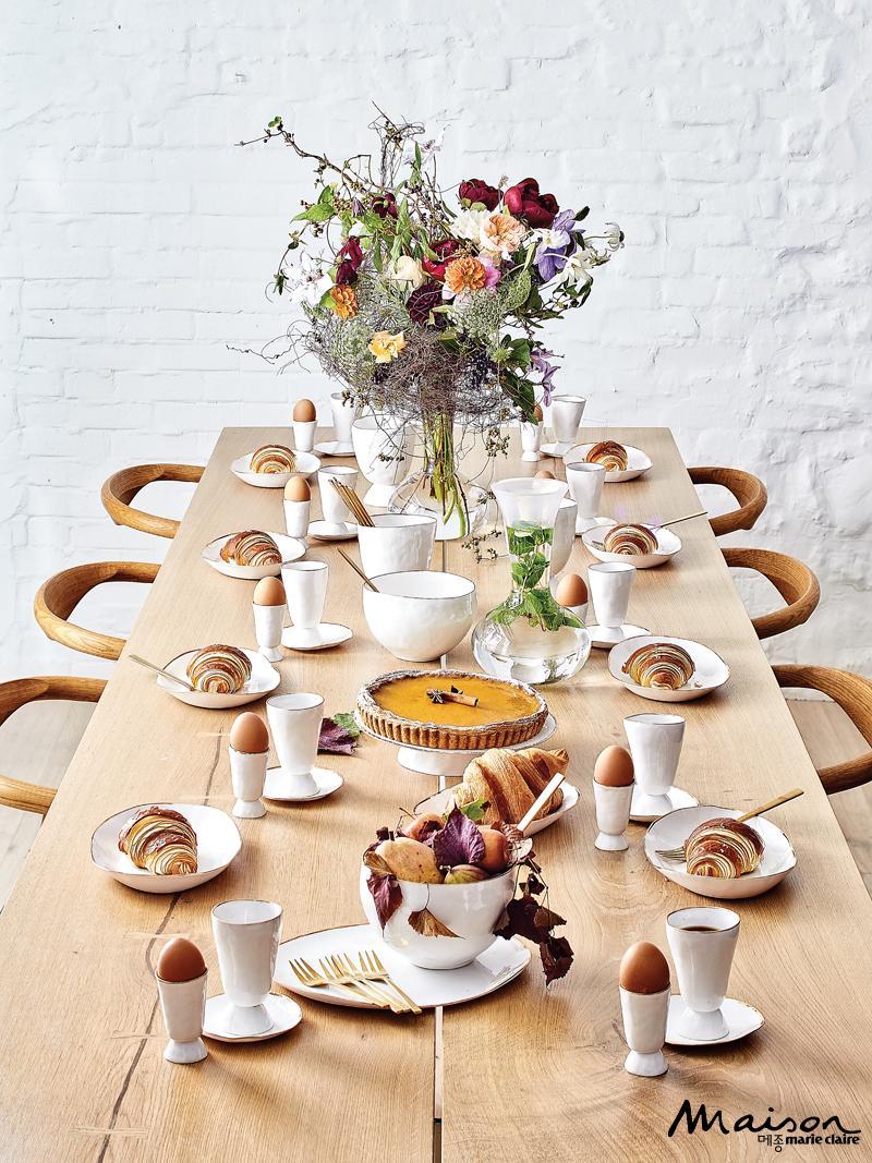 연말 파티 테이블