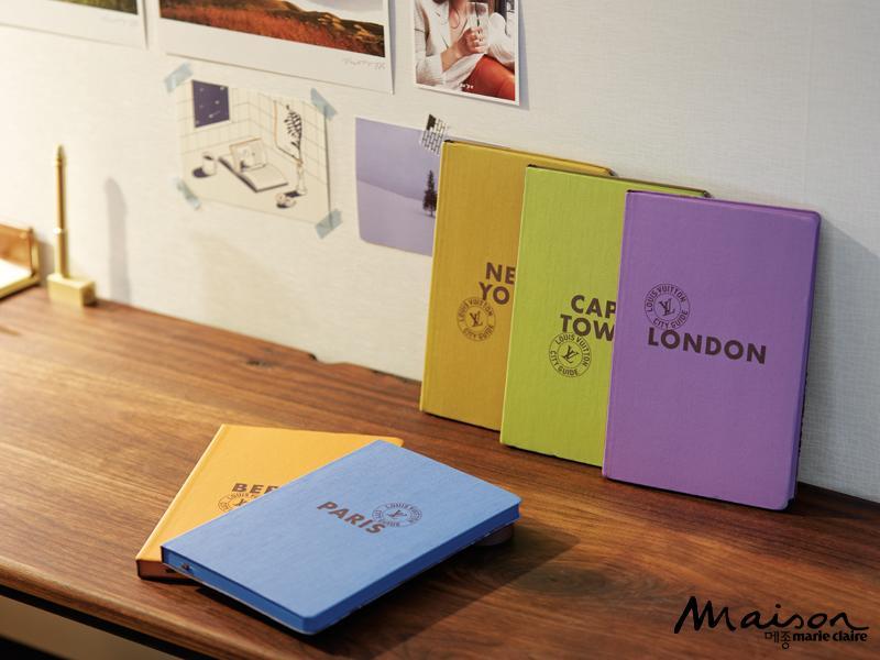 루이비통에서 한정 판매한 가이드북은 여행을 좋아하는 부부에게 꼭 필요한 책이다. 컬러풀한 색감의 표지가 책장 속 인테리어가 되어준다. 6