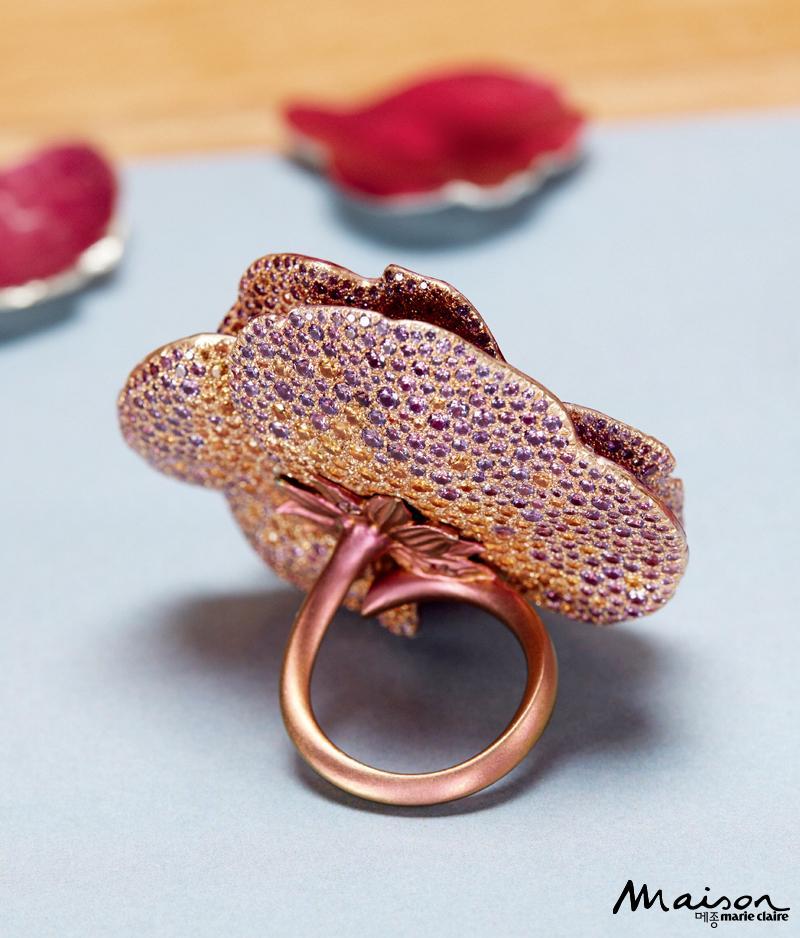피오니 아비 바르네 반지