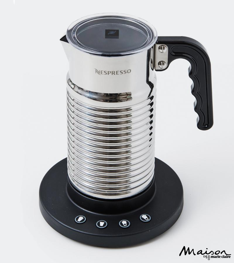 네스프레소 커피머신