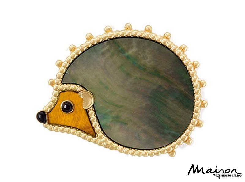 동물 모티프 아이템