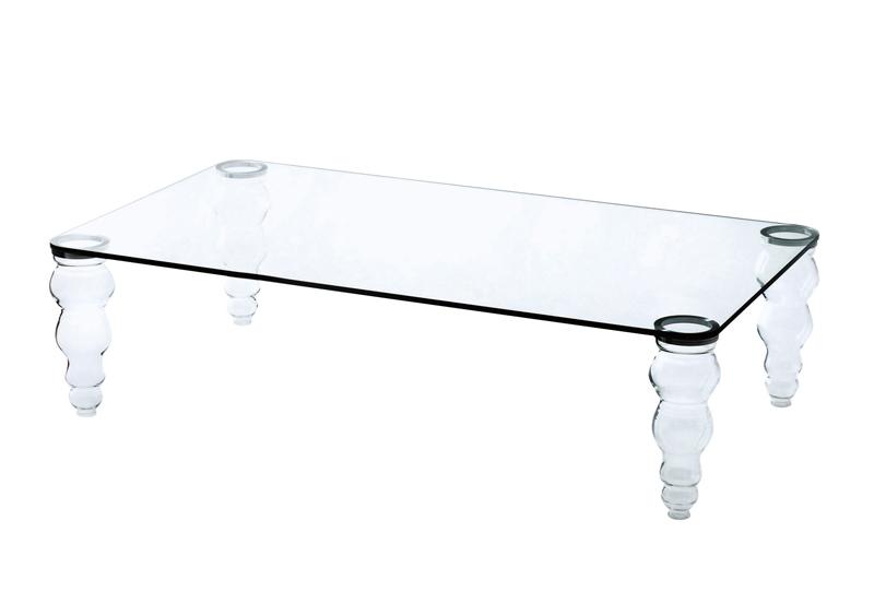 보에 커피 테이블