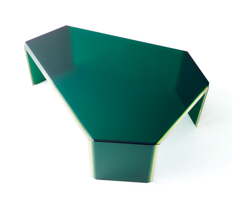 글라스 이탈리아 테이블
