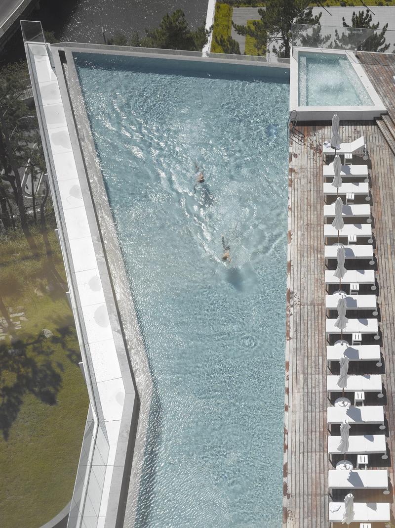수영장 호텔