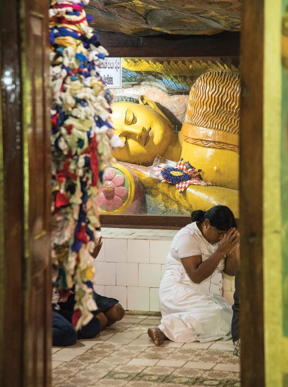 스리랑카답게 불교 사원