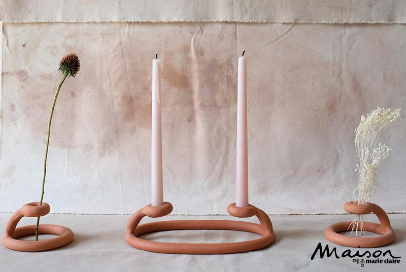 심플하고 독특한 촛대, 드라이플라워, 곡선 디자인, 인테리어 소품