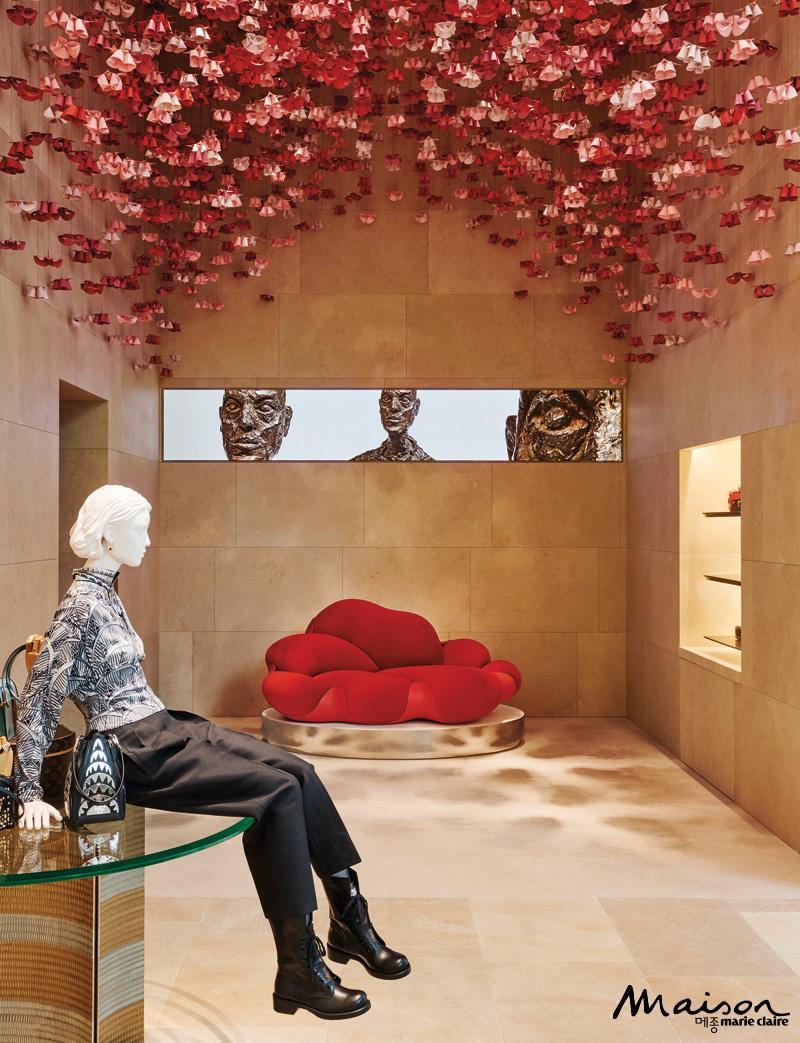 봄보카 소파, 아틀리에 오이 오리가미 플라워, 2020 크루즈 컬렉션